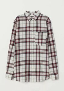New H&M Women's Button Down Size 6 Blouse. EP13